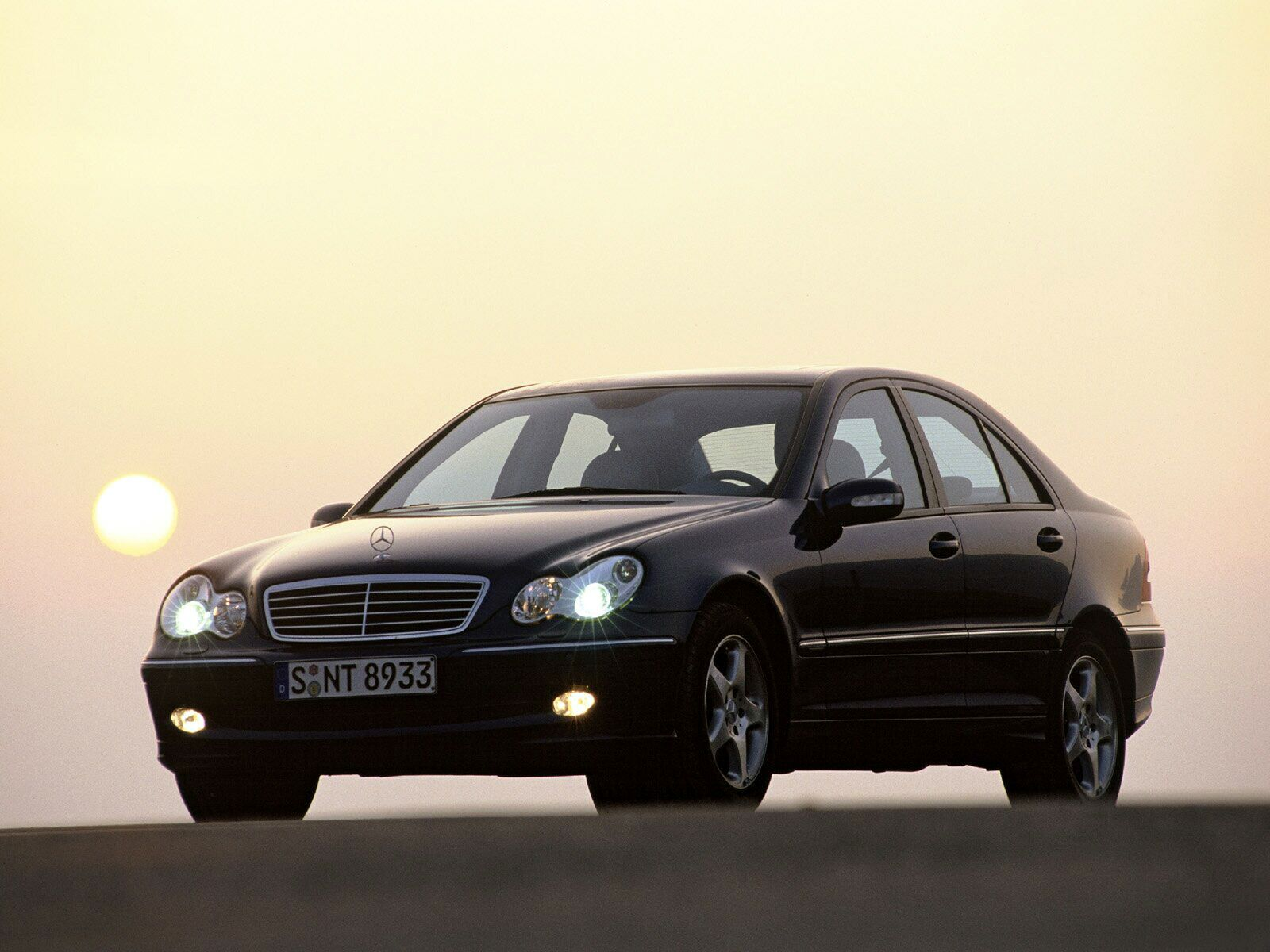 Mercedes Benz C Class 2007 Exterior Side View