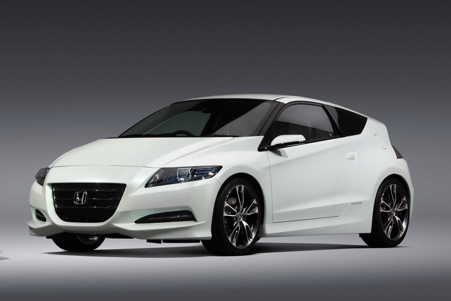 Honda Cr Z Sports Hybrid 2016 Exterior Front Side View