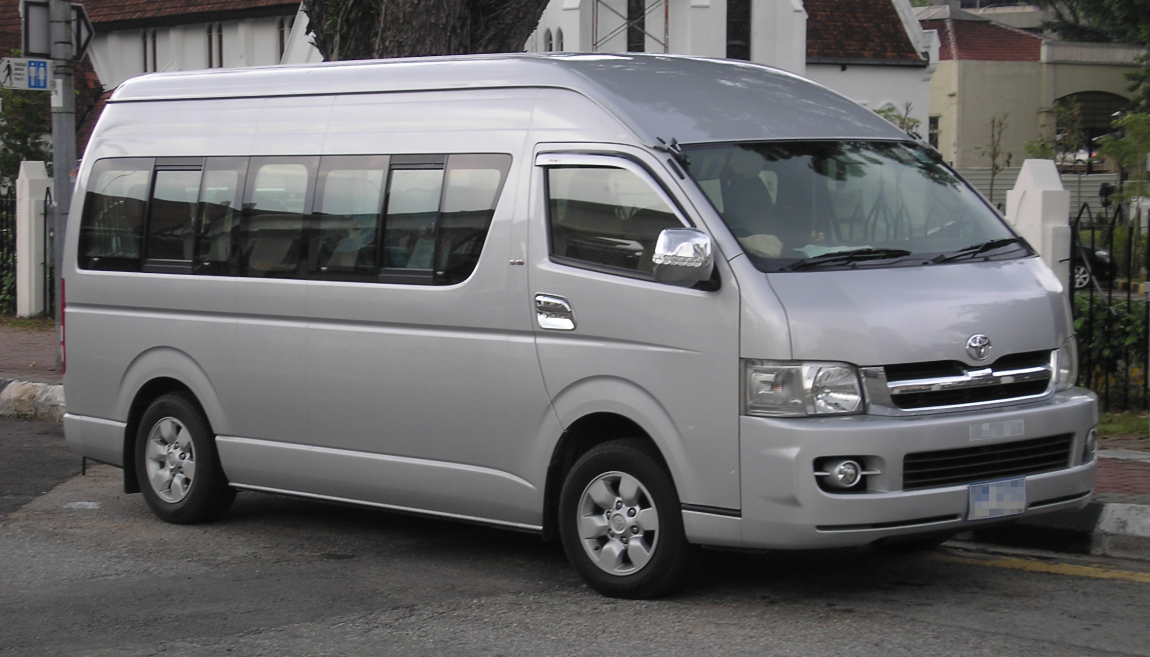 Toyota Hiace 2017 Price In Pakistan Pictures And Reviews