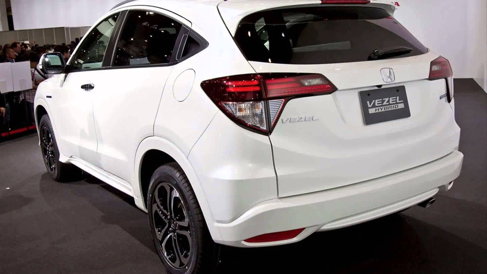 Honda Vezel  Exterior Rear View