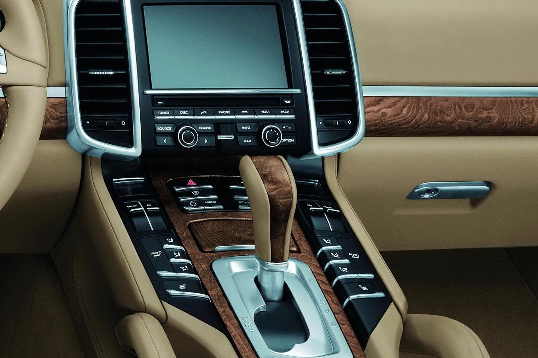 پورش کائن 2019 Interior Dashboard
