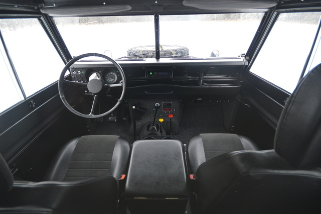 Land Rover Defender  Interior Dashboard