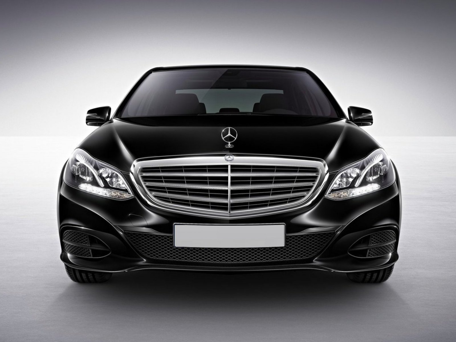 Mercedes Benz E Class 2016 Exterior Front End - Facelift