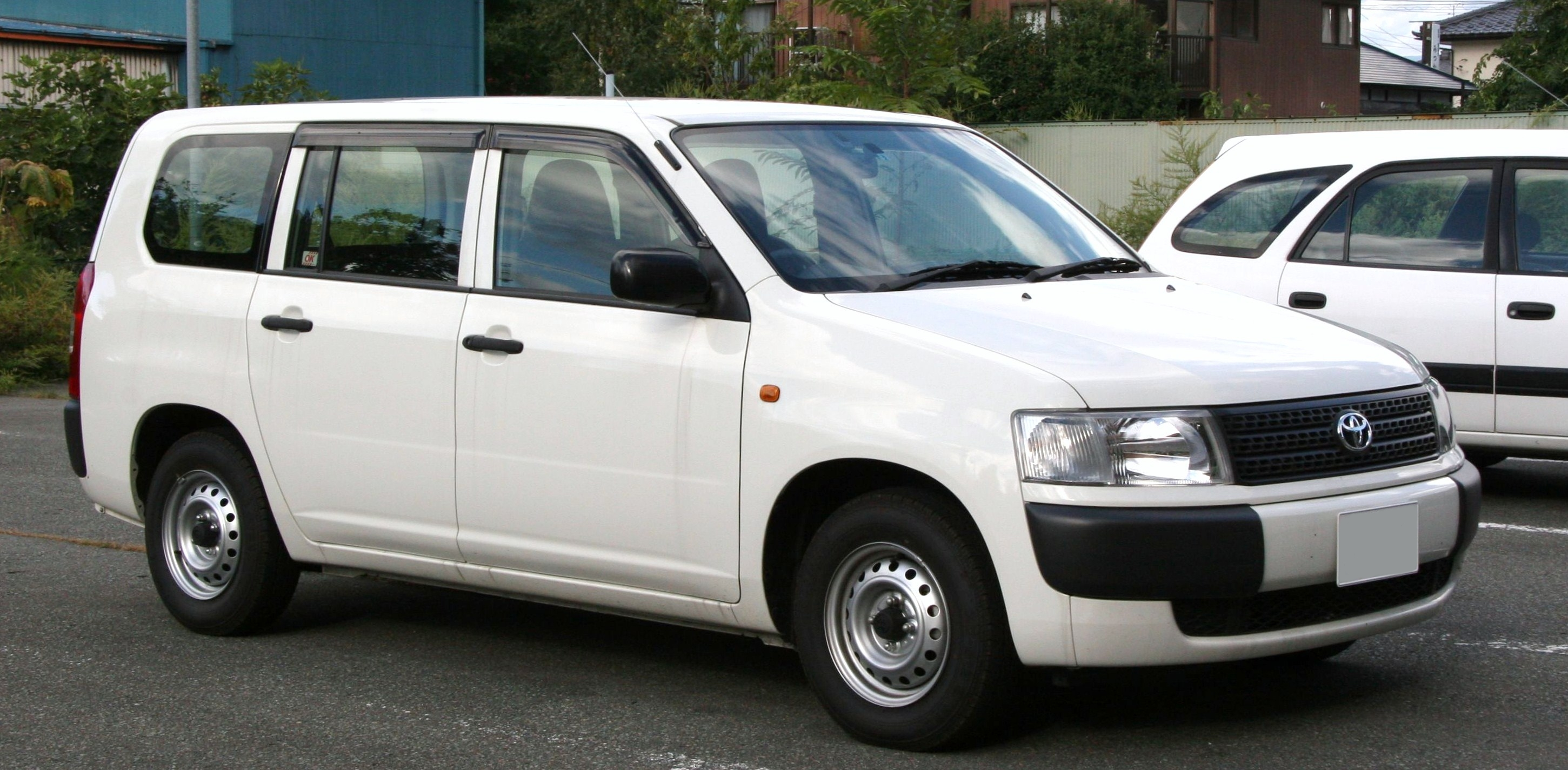 Toyota Probox  Exterior Side View