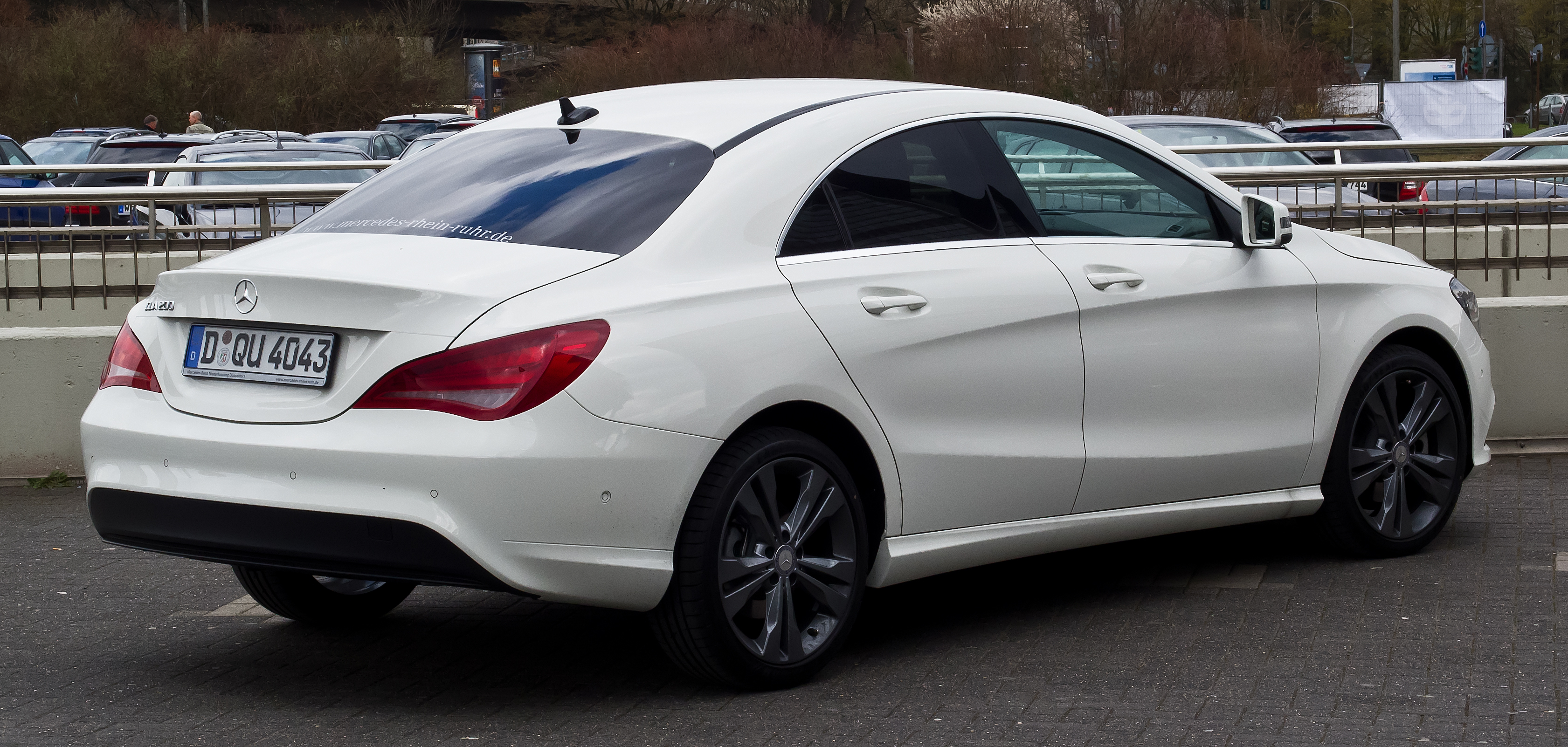 mercedes benz cla class prices in pakistan, pictures and reviews