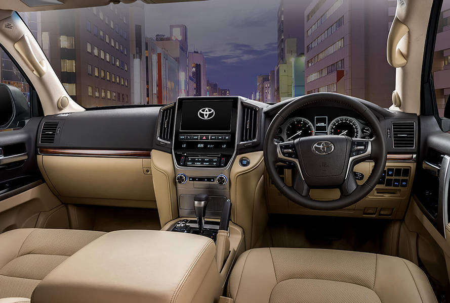 Toyota Land Cruiser 2018 Interior Dashboard