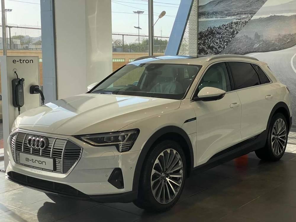 Audi e-tron Exterior
